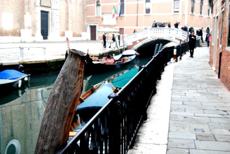 Friariella in barca a Venezia con Bluewago