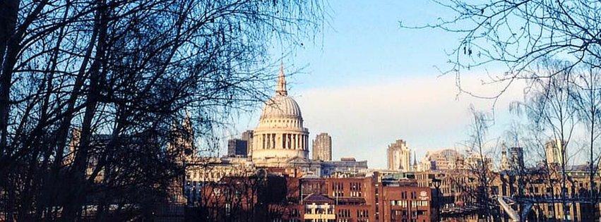 Friariella - Tornare a Londra per saltare nelle pozzanghere.